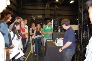 REU Students Visit NASA Goddard